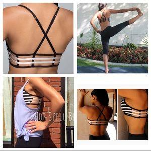 68c6a43cffb51 lululemon athletica Intimates   Sleepwear - EUC Lululemon Hot Spell Bra